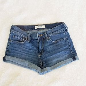 Abercrombie Medium wash cuffed shorts.